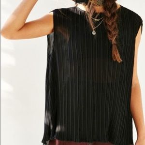 URBANOUTFITTERS Silence+Noise Accordion Pleat Tank